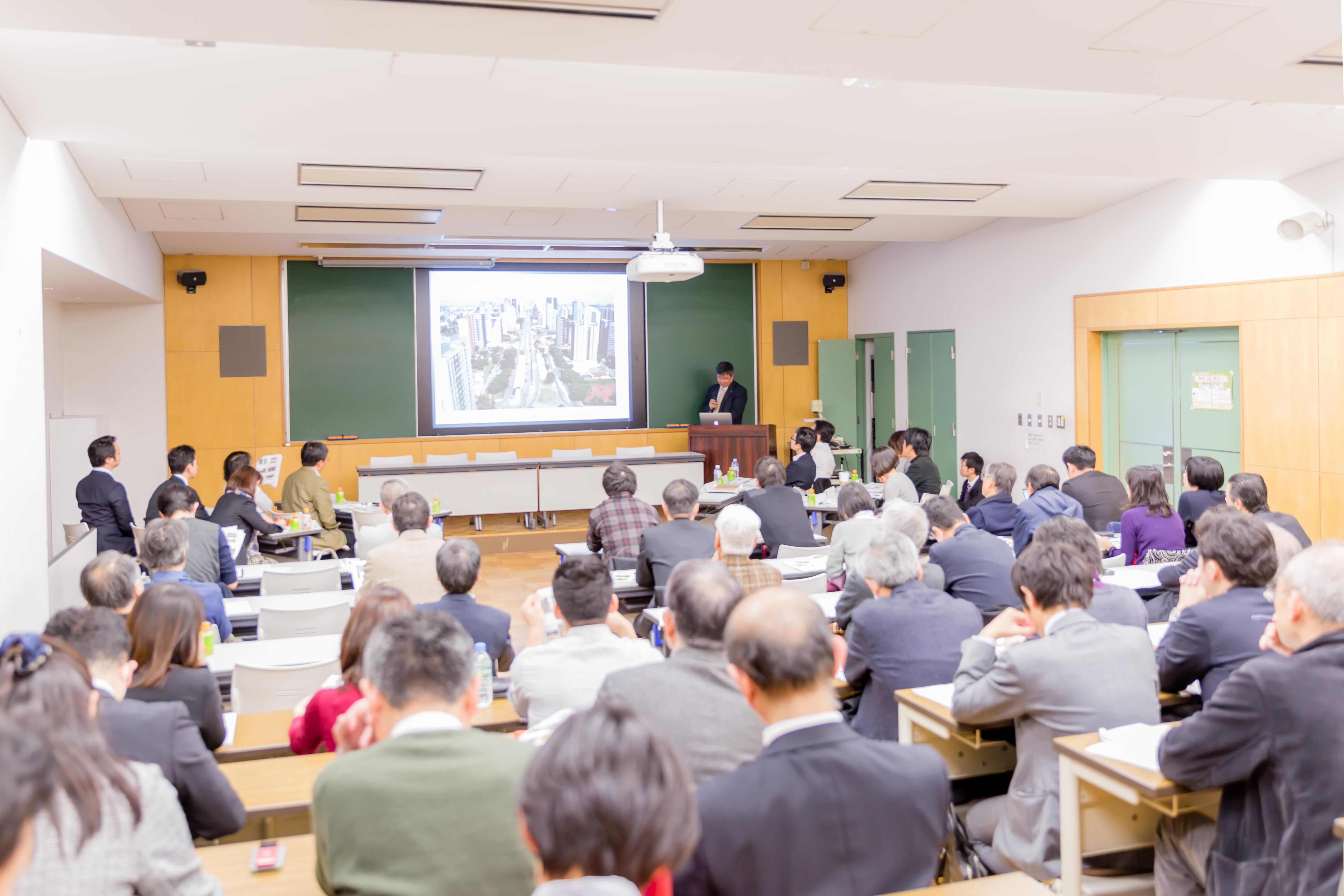 中村先生「公共交通を軸としたストリート研究の最新動向」