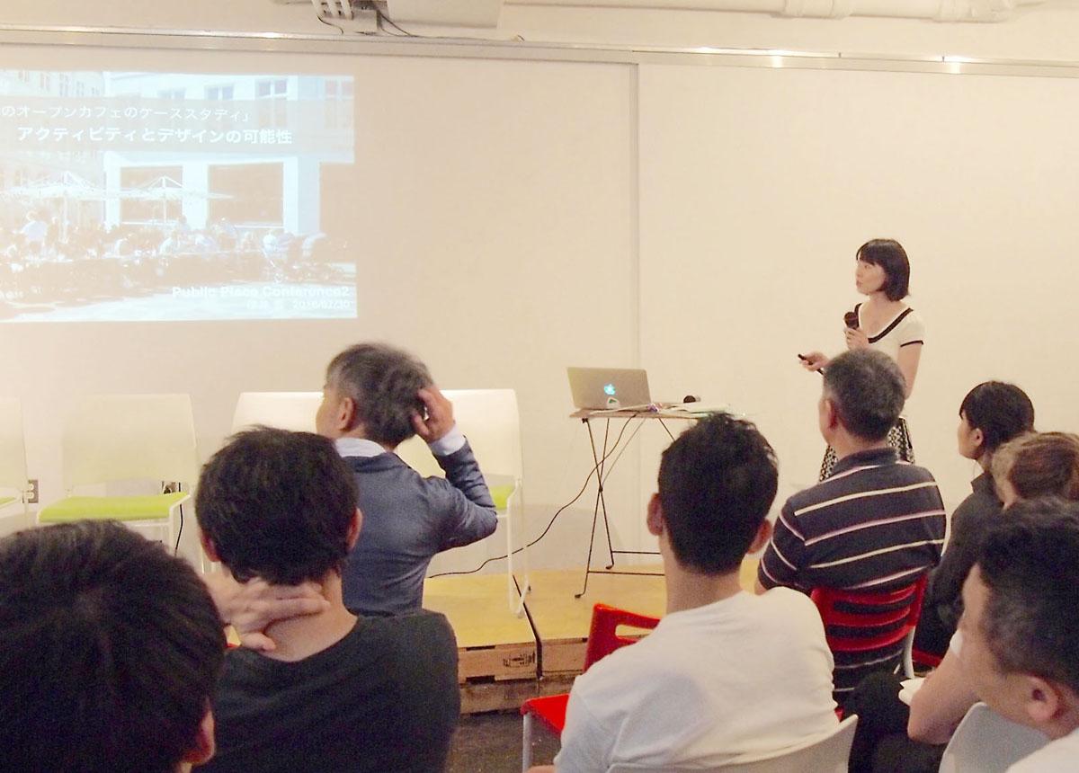 櫻井さんのプレゼン。東京とコペンハーゲンで、椅子ではない二次的な空間としての公共空間アクティビティを調査した内容を報告しました。