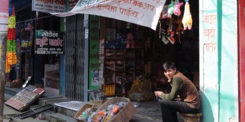 ソトを楽しむ暮らしの風景 inネパールー日常使いのモバイルファニチャー